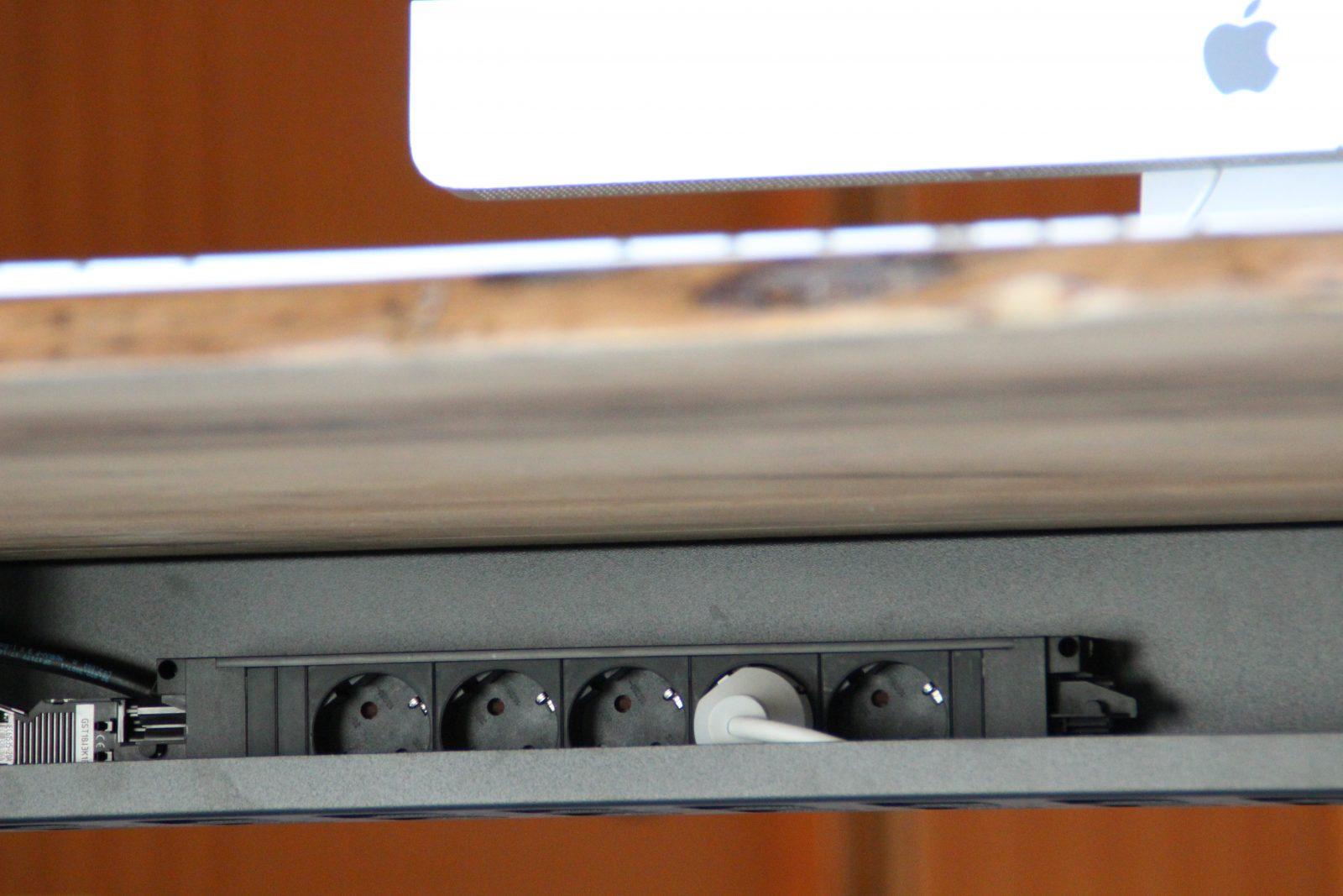 Elektrifizierung am Schreibtisch