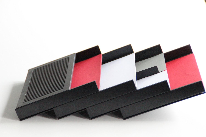 Muenster-Systeme-Formularablage-Schraegefachtasche-Schraegablage-Einrichtung-Schreibtisch-Schublade-Schubladenkontainer-Interioer-01